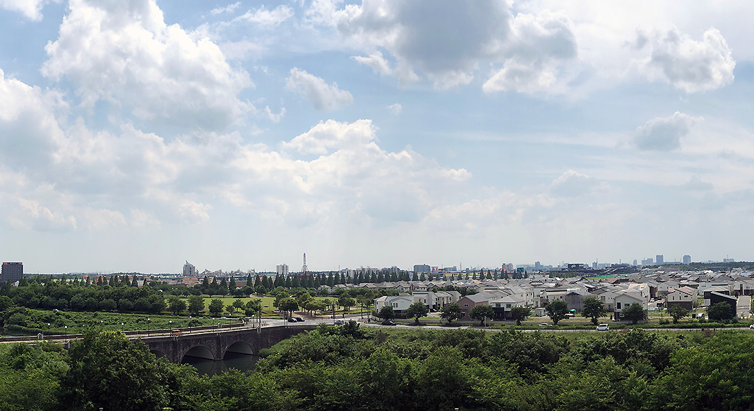 We expect cityscape of the Inzai-Makinohara Station area from Makinohara park